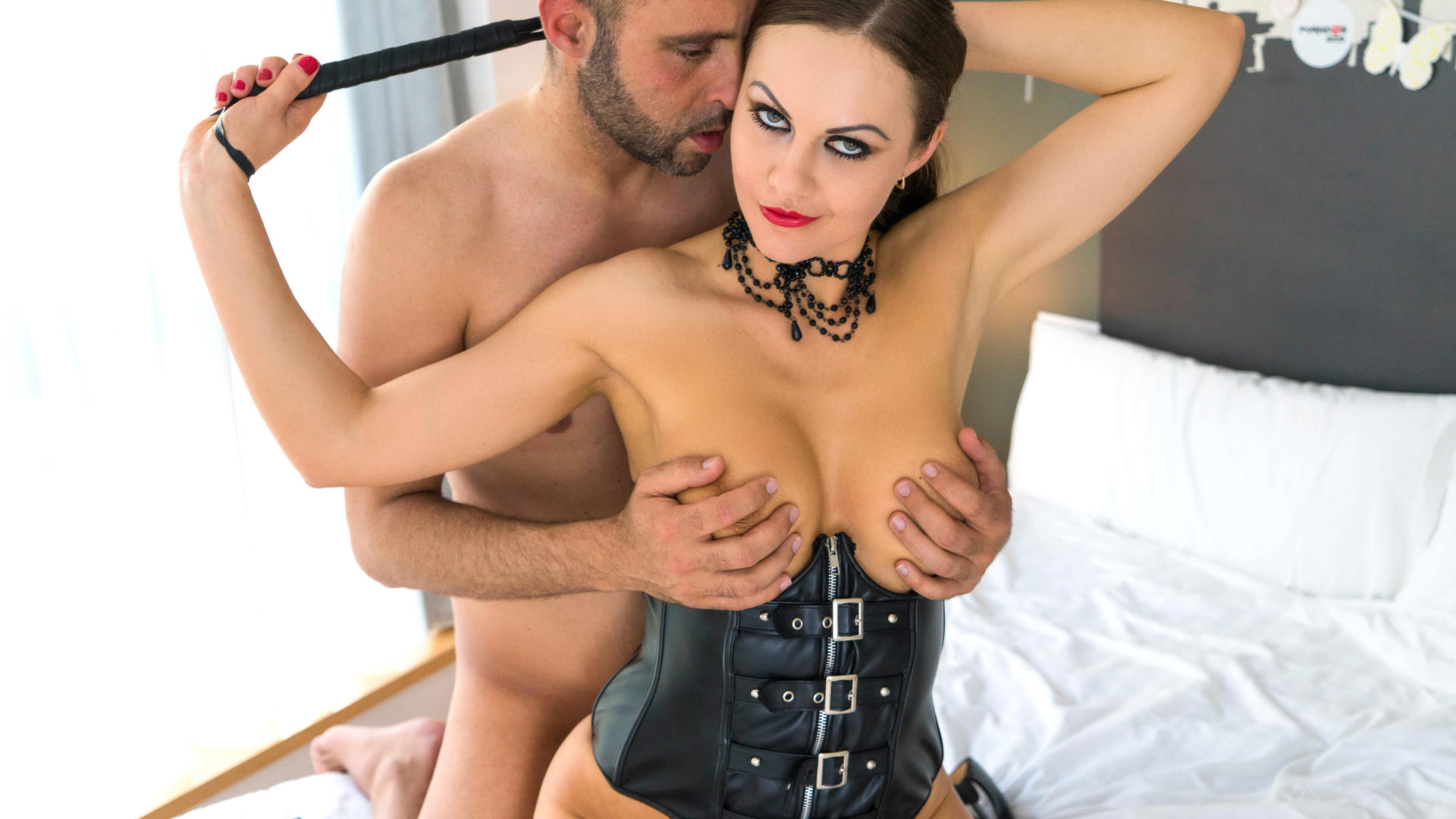 Hot sex guide to roleplay with feisty British babe Tina Kay & Pablo Ferrari
